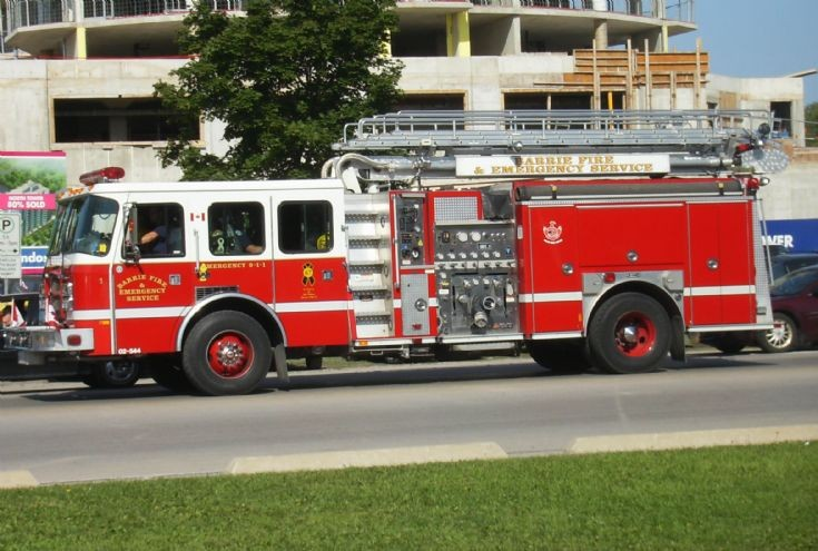 Barrie Fire Services Quint 1