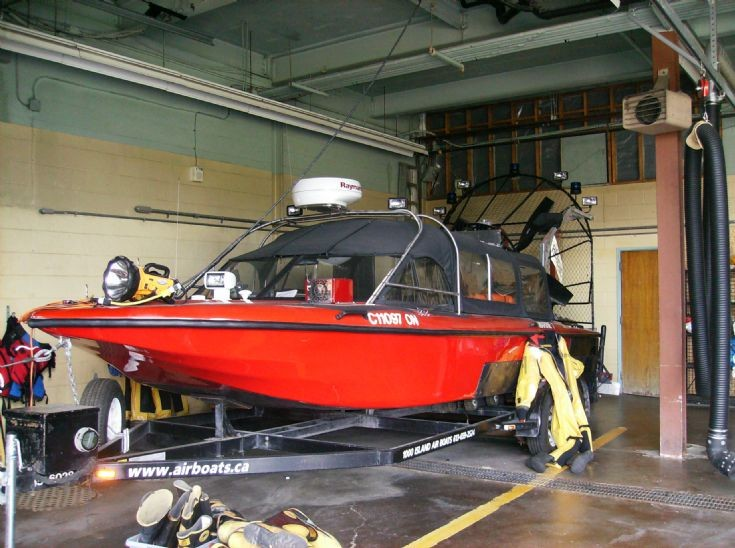 Barrie Fire Services  Marine 1