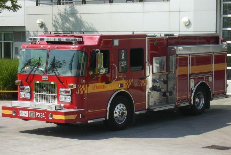 Toronto Fire Services pump 334