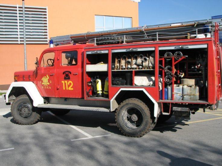 Slovenian fire truck - Pivka TAM 125