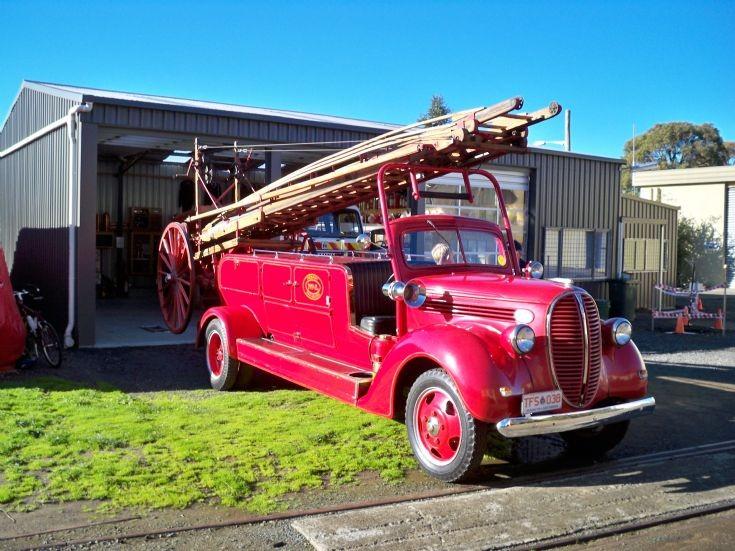 1938 Hobart Ford Hose Carriage/ Escape