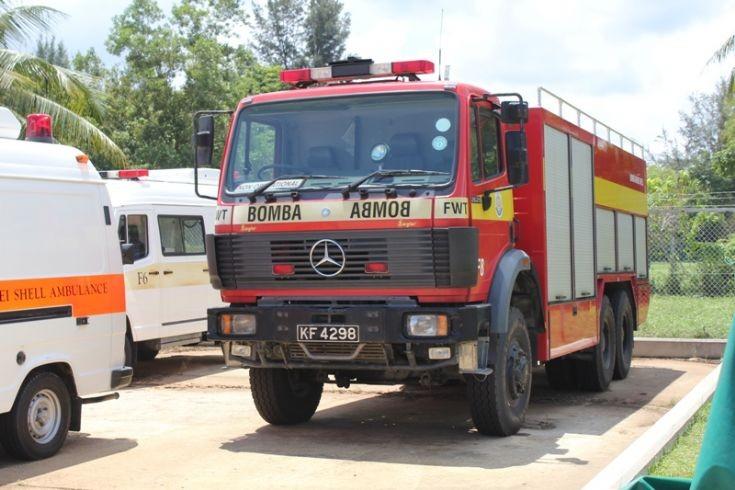 Mercedes 2629 F8 Foam Water Tender
