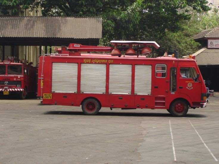 mumbai fire dept light truck
