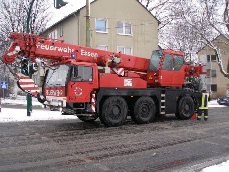 Essen Fire Brigade- Liebherr crane