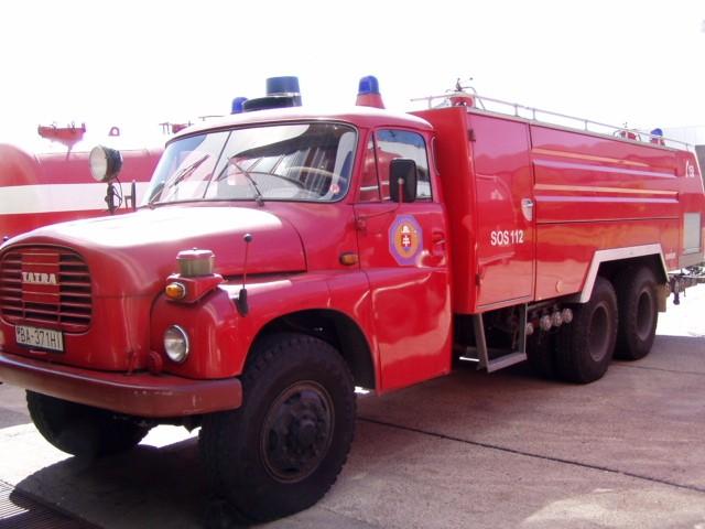 Tatra 148 SLF