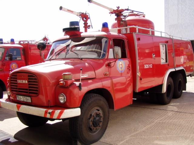 TATRA 148 ULF