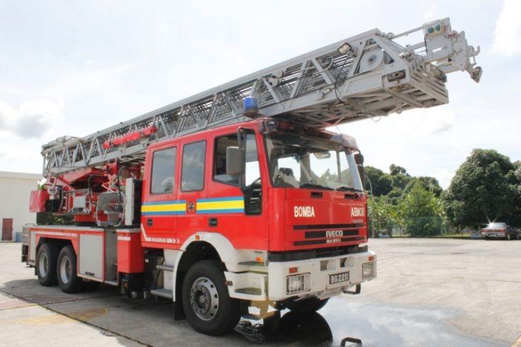 Iveco / Magirus Tuntable Ladder no.2 (TTL2)