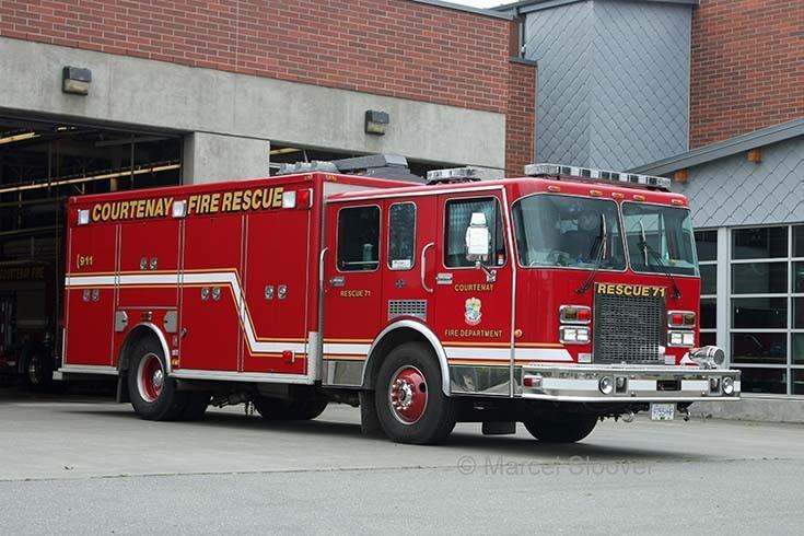 Heavy Rescue Courtenay Fire department