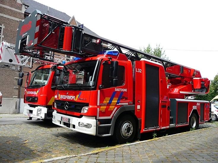 fire engines photos mercedes metz l32 brandweer bastogne. Black Bedroom Furniture Sets. Home Design Ideas