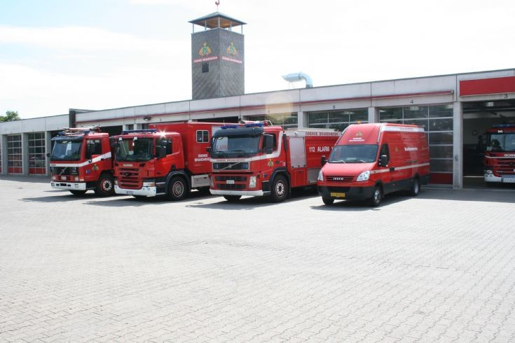 Line up Odense Fire department.