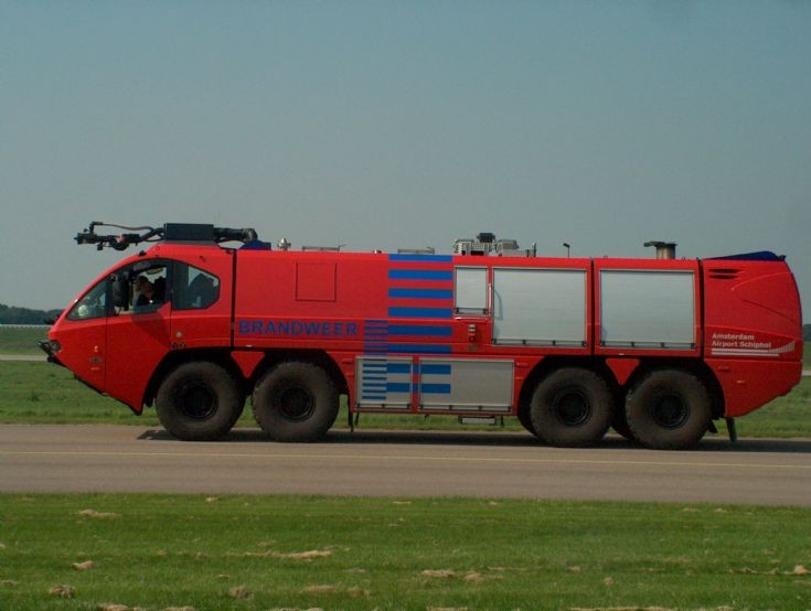 E-one crashtender Amsterdam airport