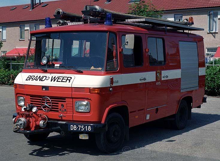 Brandweer Axel Mercedes LF408G29