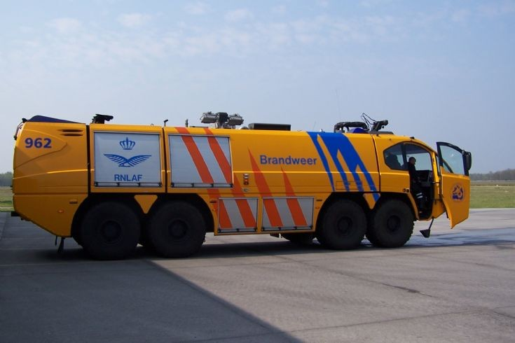 E-One Crashtender Dutch Airforce Eindhoven