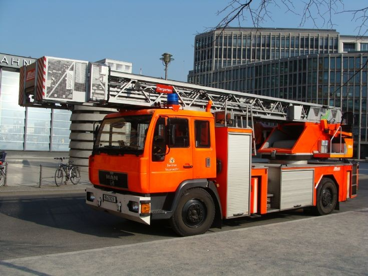MAN Turntable ladder Berlin FD