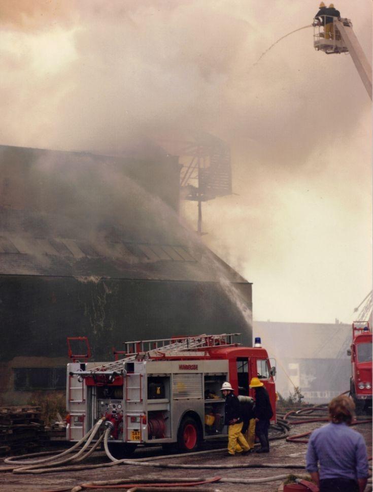 Fire at Cargill's, Gt Union Street, Hull