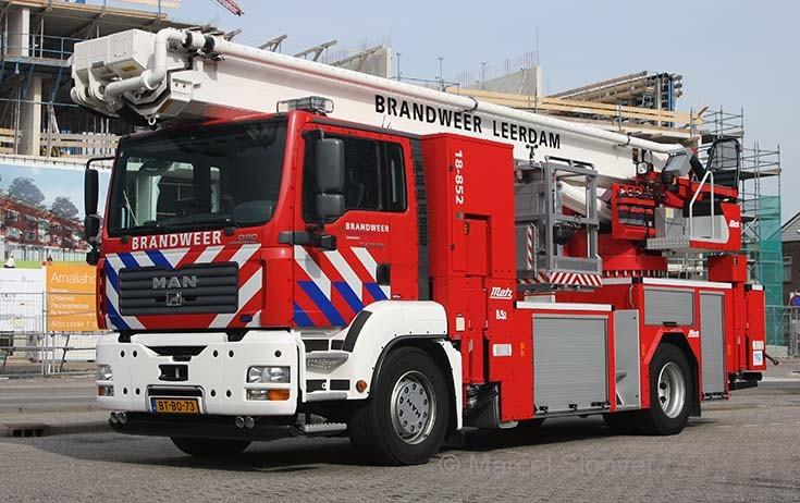 Brandweer Leerdam MAN Metz 18-852
