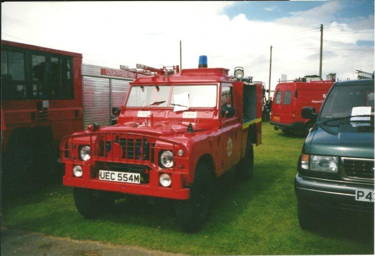 Land Rover UEC554M