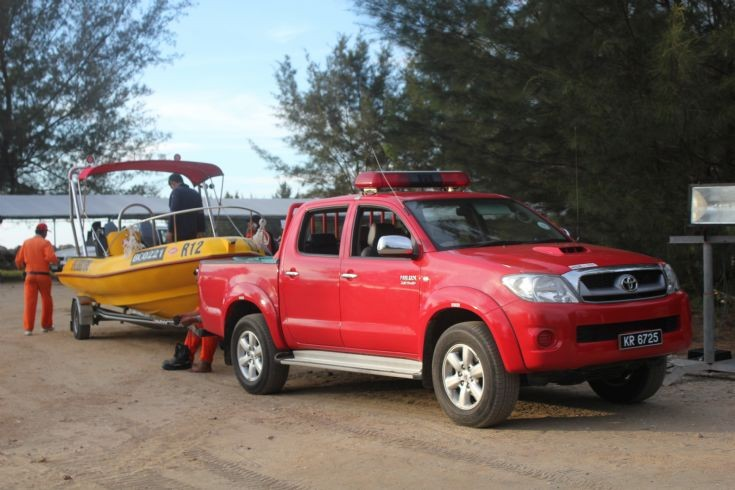 BSP FAERS Toyota Hilux with boat