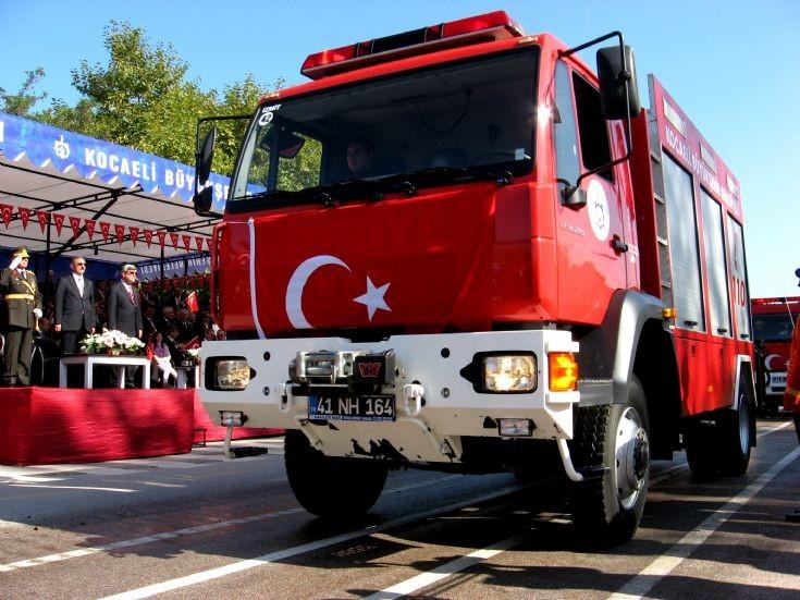 Turkish MAN Engine parade