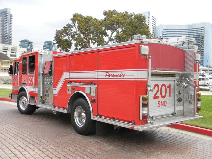 San Diego Fire Department E201 back