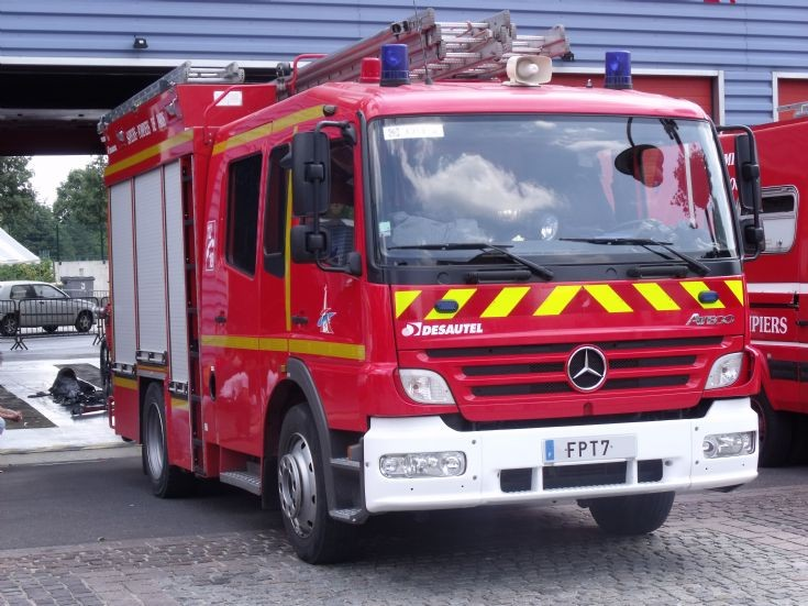 Mercedes Atego FPT 7.