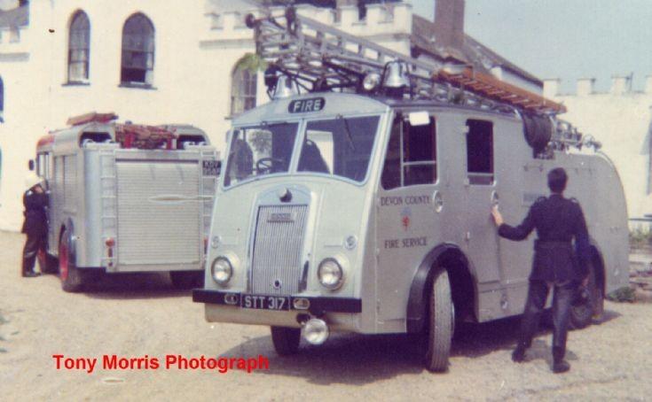 Devon County Fire Service Dennis F8 WrL STT 317