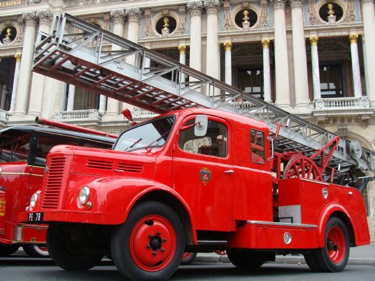 Hotschkiss Pompiers de Paris Escape Ladder
