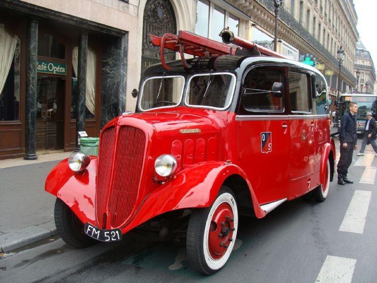Delahaye Pompiers de Paris FM 521