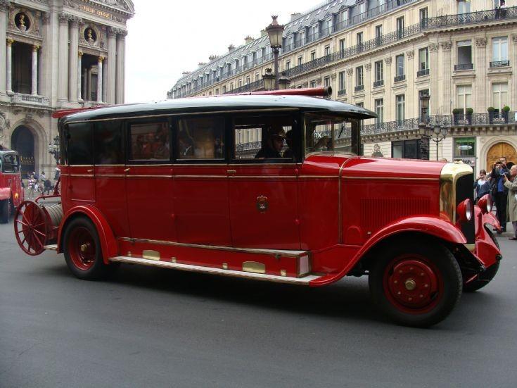 Laffly Pumper Pompiers de Paris