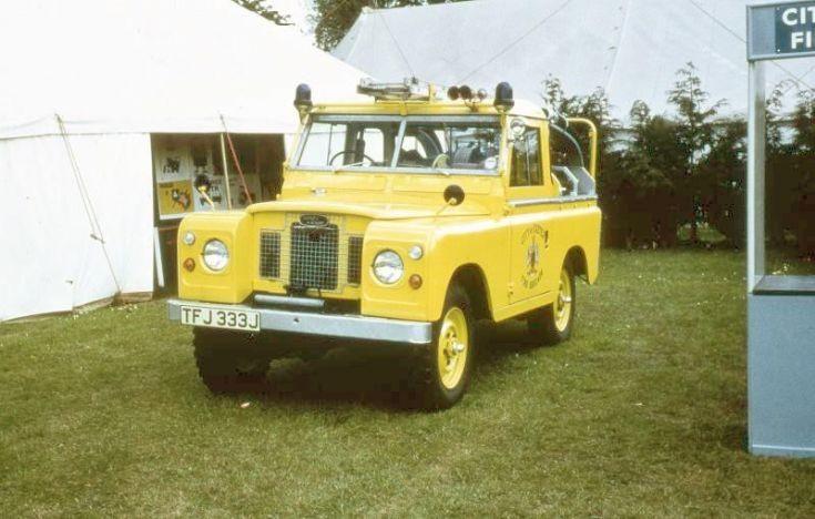 Exeter - L4P - TFJ 333J
