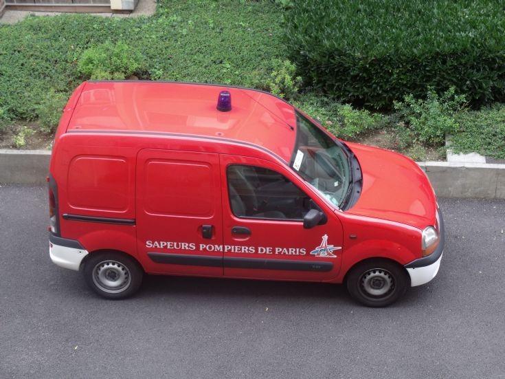 All purpose light car in Paris