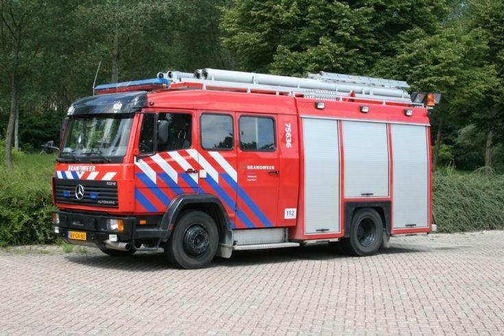 Mercedes Ecoliner Brandweer Axel