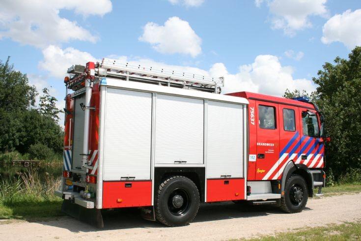 Brandweer Westdorpe Mercedes Actros back