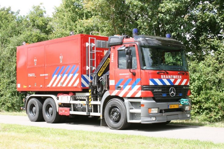 Fire station Mauritsfort Prime mover Mercedes