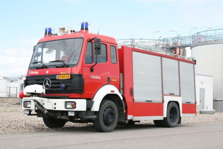 Brandweer Oiltanking Mercedes Rosenbauer