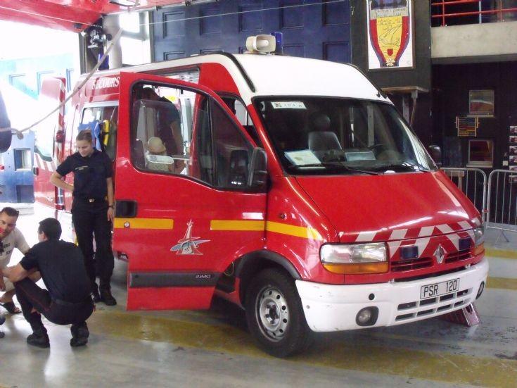 Renault Trafic PSR120 ambulance France
