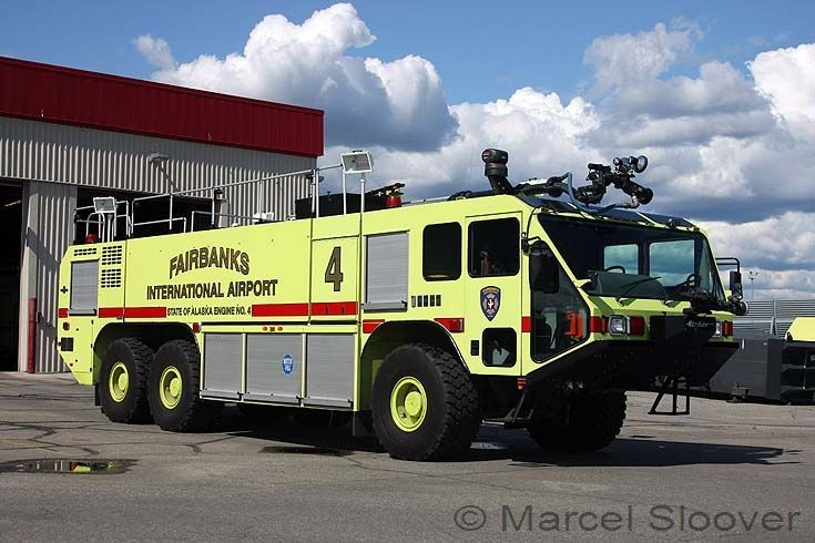 Oshkosh Striker Engine 4 Fairbanks Airport AK
