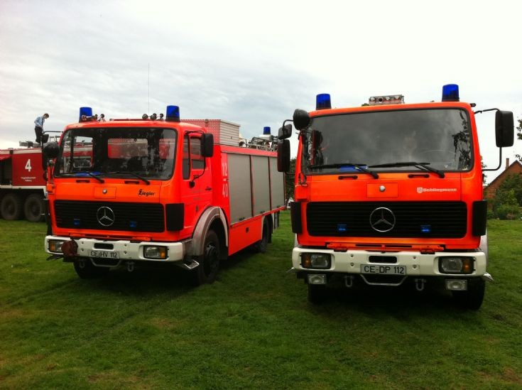 2 x Mercedes CE-HV112 and CE-DP112