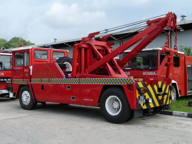 Dennis Recovery Vehicle no.2 (RV2)