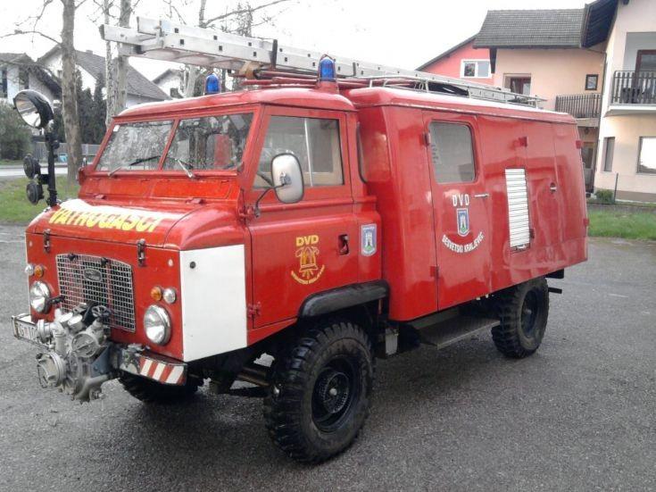 Land Rover Forward Control 2B fire truck