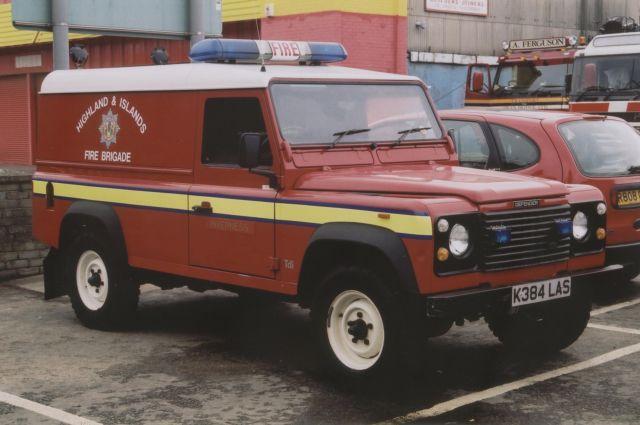 fire engines photos inverness h i fb landrover. Black Bedroom Furniture Sets. Home Design Ideas