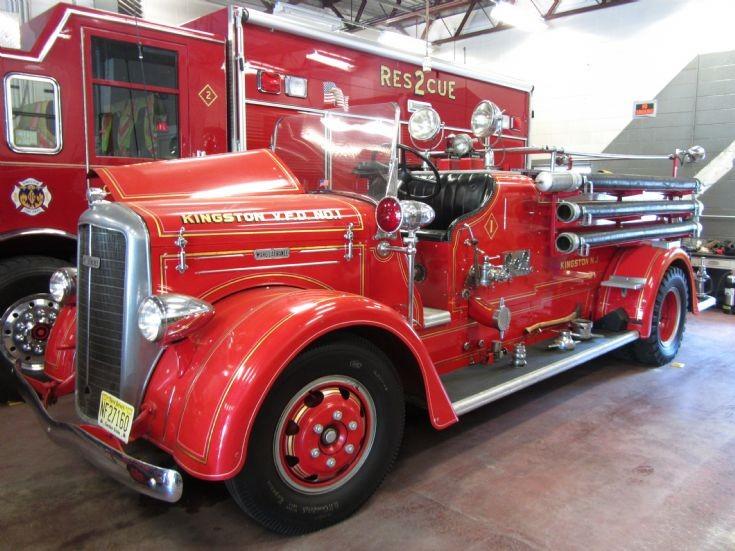 1939 Ward LaFrance Kingston VFD NJ USA