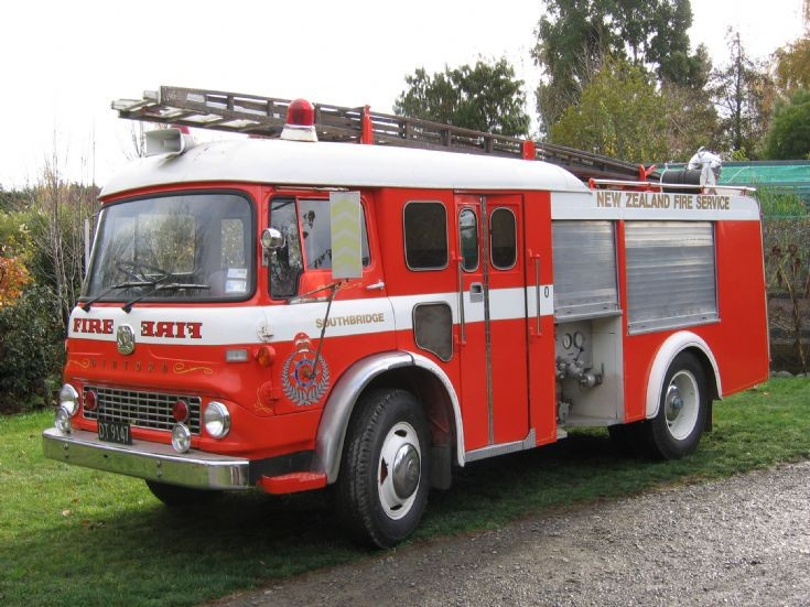 New Zealand Bedford Southbridge Fire dept DT 9147