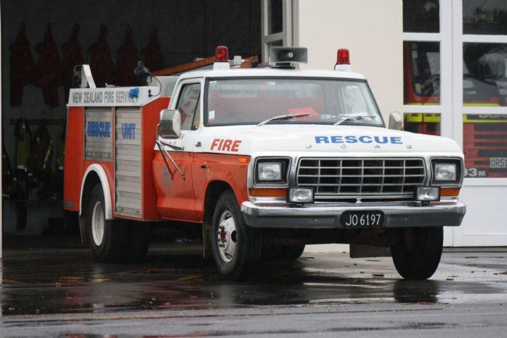 New Zealand Ford - JO6197