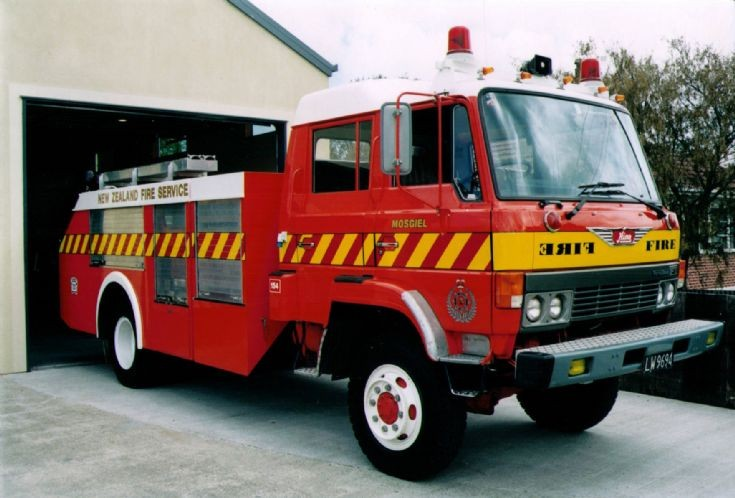 New Zealand Hino - LW9694