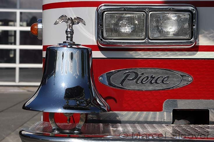 Fire Engines Photos Bell Pierce Ladder Truck Anchorage Fd