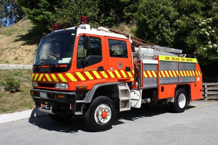 New Zealand Isuzu - WS2552