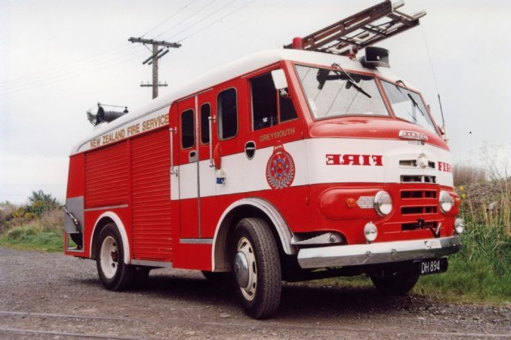 New Zealand Karrier - DH894
