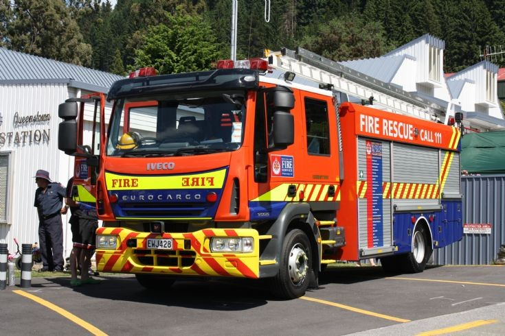 New Zealand Iveco EWJ428