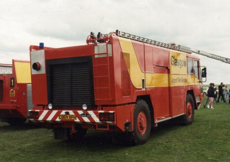 Glasgow Airport Gloster Saro Meteor CrT in 1986